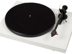 Pro-Ject Debut Carbon 2mRed